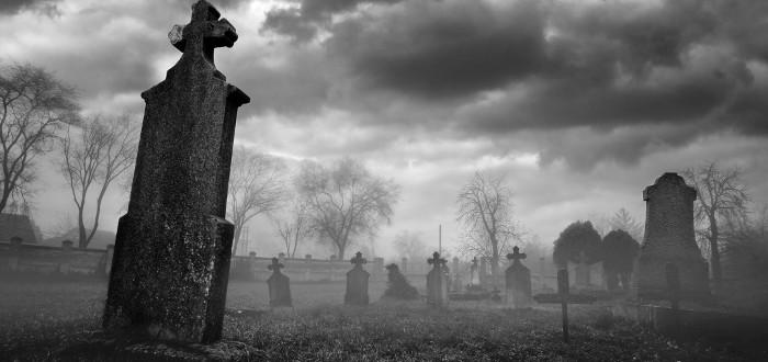 Soñar con cementerio tumba