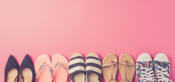 Soñar con Zapatos muchos