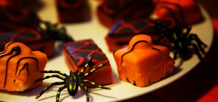 Soñar con Arañas Negras pastel