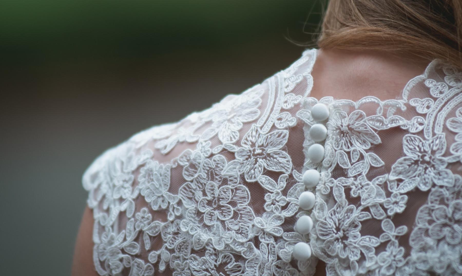 Significado de sonar con vestido blanco