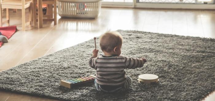 Soñar con Tener un Bebé Jugar