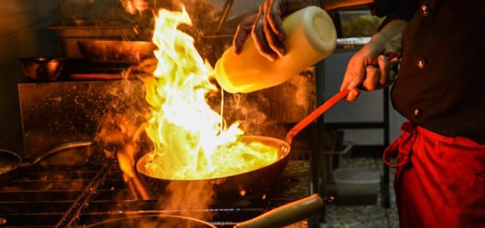 Soñar con Cocinar Fuego