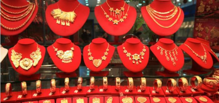 Soñar con Joyas de Oro Tienda